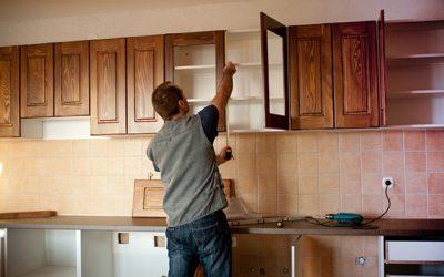 carpenter-working-on-new-kitchen-cabinets
